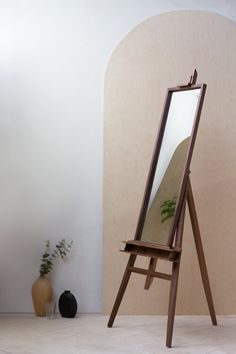 Konk ‖ 'Namdjou' Easel Mirror ‖ Solid Walnut Mid Century Style, Freestanding ‖ Bespoke sizes available! Bespoke Furniture, Solid Wood Furniture, Handmade Furniture, Furniture Design, Furniture Ideas, Bathroom Without Windows, Oval Table, American Walnut, Mid Century Style