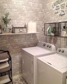 Modern Farmhouse Laundry Room Ideas (64)