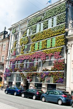 Vertical garden at The European Environment Agency (EEA), Kongens Nytorv, Copenhagen, Denmark Oh The Places You'll Go, Places To Travel, Places To Visit, Beautiful Buildings, Beautiful Places, Amazing Places, Green Facade, Biarritz, Copenhagen Denmark