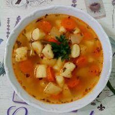 Gölődin leves   Gyöngyi 💇♀️ receptje - Cookpad receptek Thai Red Curry, Ethnic Recipes, Food, Essen, Meals, Yemek, Eten