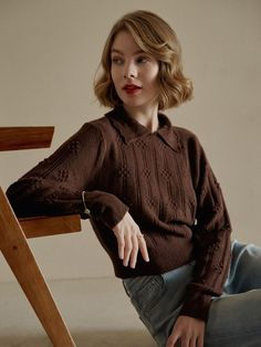 Get this artistic vintage style knitwear in Simple Retro. 2020 fall fashion trends--Retro style.