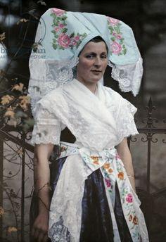 This lady poses in a traditional, decorative, Wendish headdress, Spreewald, Brandenburg, Germany (autochrome)