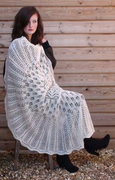 Light Lace Shawl - divine