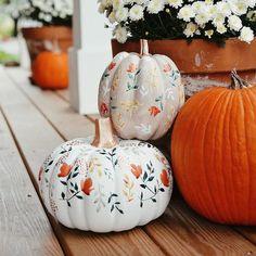 Fall Pumpkins, Halloween Pumpkins, Fall Halloween, Halloween Crafts, Halloween 2020, Halloween House, Cute Pumpkin, Pumpkin Ideas, Spooky Pumpkin