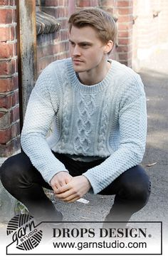 Knitted jumper for men in DROPS Merino Extra Fine. The piece is worked with cables and double moss stitch. Sizes S – XXXL. Mens Knit Sweater Pattern, Sweater Knitting Patterns, Free Knitting, Men Sweater, Drops Design, Moss Stitch, Work Tops, Knitwear, Free Pattern
