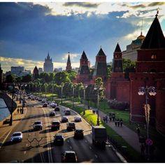 """Летний вечер Автор @a_shakhov #krasivaya_moskva #vscomoscow #moscow #"