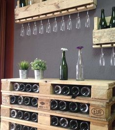 Wine rack made of pallets- Weinregal aus Paletten Pallet-pallet furniture made of europallets - Bar Pallet, Pallet Wine, Outdoor Pallet, Diy Bar, Diy Pallet Projects, Wood Projects, Pallet Ideas, Diy Cutting Board, Wooden Pallets