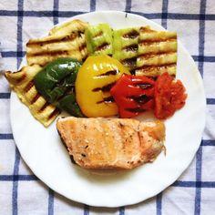 Овощи на гриле с форелью