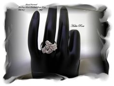 Women's Handcrafted Sterling Silver Ring.