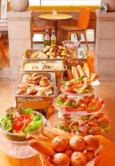 ニコラシャール銀座本店が、リヨンの家庭料理がお腹いっぱい味わえるランチビュッフェを開始