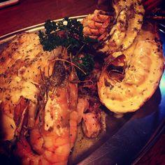 @fergie_mcd treating me to a delicious lobster platter  #keeper #seafood #lobster #kingprawns #octopus #kinggeorgewhiting #rottnestisland #treats by emmajane241 http://ift.tt/1L5GqLp