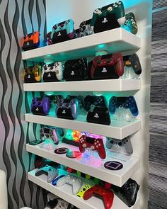 Top 5 New Games Coming in 2020 Computer Gaming Room, Gaming Room Setup, Best Gaming Setup, Nerd Room, Gamer Room, Bedroom Setup, Room Ideas Bedroom, Boys Game Room, Small Game Rooms