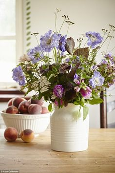 'I picked these hedgerow flowers down the lane this morning,' says Sarah. For a similar pi...