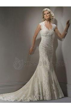 So pretty! This is my wedding dress! I love it!