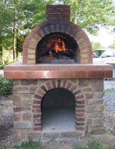 When you build a Wood Fired Oven in Pizza Oven country (Pennsylvania), you need to make sure you go BIG!  This is an excellent example of the base matching the wood oven.