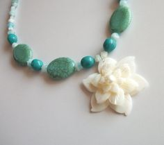 Shell Flower Choker Necklace Seashell Jewelry by tropEEcal on Etsy