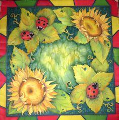 """Купить Платок """"Подсолнухи и букашки"""".90-90см.Холодный батик, атлас - тёмно-зелёный, цветочный"""