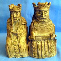 B7113 £SOLD (Jan 2013) to Italy. Pair of figural bookends in the form of a King and Queen