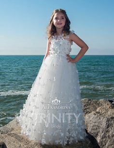 31944748e T379A Flower Girl Dress - Birthday Wedding Party Holiday Bridesmaid  Communion Lace Tulle #flowergirldresses #