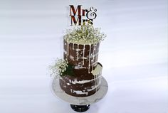 So, the celebration cakes Brisbane must be elegant in look and should taste great. Without any doubt, these cake makers can come up with the best and the most innovative designs. Magnolia Cake, Cake Makers, Innovation Design, Brisbane, Wedding Engagement, Cake Decorating, Wedding Cakes, Elegant