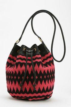 Ecote Paloma Kilim Bucket Bag #urbanoutfitters