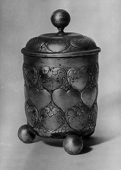 Heart urn of empress Maria Theresia (+1696) ____________________________  Herzurne von Kaiserin Maria Theresia