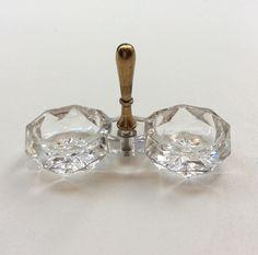 sormisuola-astia . kristallia . @kooPernu