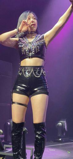 South Korean Girls, Korean Girl Groups, K Pop, Korean Fashion Trends, Stage Outfits, Aesthetic Girl, K Idols, Girl Photos, Kpop Girls