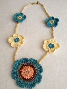 Collar and Crochet Necklaces Flowers by hebaalayyan on Etsy, $30.00