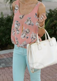Love pairing various pastels to make an outfit pop #coloredjeans #mintjeans #summerwear