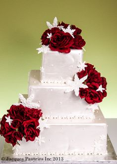 christmas wedding cake ideas 1000 images about winter wedding cakes and cupcakes on 12835