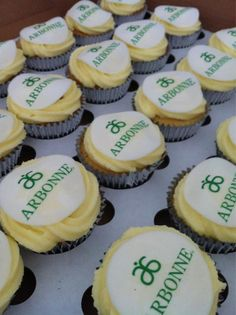 @KookiesKakery: @arbonne Corporate Cupcake  - my two favorite things:  Cupcakes and Arbonne!