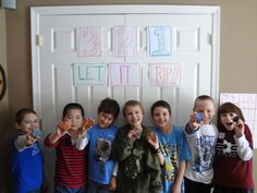 easy beyblade party sign