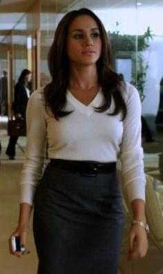 """Rachel Zane a character from """"Suits"""" is a paralegal in a high powered law firm. A great look but we do not all do Pilates all the time. And you certainly can't move and work like a regular woman in this outfit but you can copy it! Source by outfits Business Professional Outfits, Business Outfits, Office Outfits, Office Attire, Chic Outfits, Business Style, Business Attire, Office Wear, Work Outfits"""