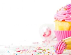 Cupcakes Wallpaper Iphone Ideas For 2019 Cupcake Birthday Cake, Easter Cupcakes, Fondant Cupcakes, Healthy Cupcakes, Easy Cupcake Recipes, Cupcake Decorating Tips, Cookie Decorating, Cupcakes Wallpaper, Chocolate Buttercream Icing
