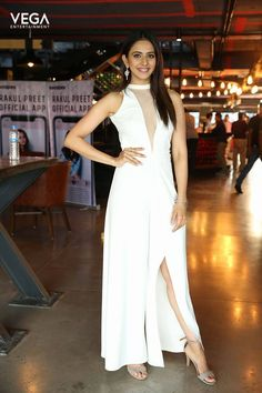 Actress #RakulPreet Latest Pics  #Vega #Entertainment #VegaEntertainment