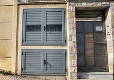 Ντουλάπες Αλουμινίου | Λιάγγης | Δάφνη Garage Doors, Interior, Outdoor Decor, Home Decor, Decoration Home, Room Decor, Design Interiors, Interiors, Interior Design