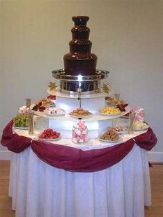 I would love to have one of these at my wedding Chocolate fountain --- Man! I would love to have one of these at my wedding Chocolate Fountain Recipes, Chocolate Fountains, Candy Table, Candy Buffet, Fuente De Chocolate Ideas, Dessert Bars, Dessert Table, Our Wedding, Dream Wedding