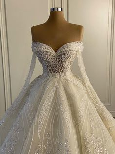Fancy Wedding Dresses, Cute Prom Dresses, Stunning Wedding Dresses, Wedding Dress Trends, Ball Dresses, Wedding Attire, Pretty Dresses, Bridal Dresses, Beautiful Dresses