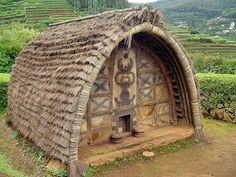 Toda Hut - Ooty