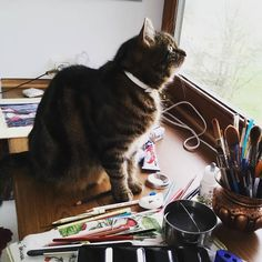 This is why I usually use an easel... This time I did not rhough and nearly got a shock finding this furry guest on my messy working desk . Note he is not sitting on my #painting  Just tasting my cobalt blue water left from painting  I wonder if cats can smell it ? Because he does it always always after I used cobalt blue it would be okay but I heard cobalt is a noxious pigment... #cat #artistsproblems