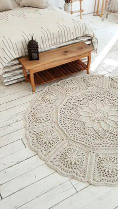 """Сrochet rug pattern by LaceMats. Video tutorial """"Rug LaceLily"""" in English (subtitles) Crochet Doily Rug, Gilet Crochet, Crochet Carpet, Crochet Rug Patterns, Macrame Patterns, Knitted Rug, Crochet Hooks, Crochet Home Decor, Crochet Crafts"""