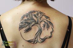 Tree of life By Noémie Alazard Tree Of Life, Tatting, Geek Stuff, Style, Tattoo Art, Geek Things, Swag, Bobbin Lace, Needle Tatting