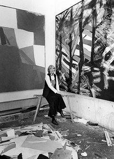 by Anne-Katrin Purkiss bromide fibre print January 1994 © National Portrait Gallery, London Leighton House Museum, Painters Studio, National Portrait Gallery, Mixed Media Artists, Artist Art, Art Studios, Modern Art, Abstract Art, Pictures