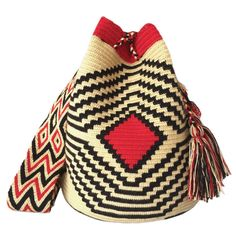 LARGE Double Thread Wayuu Mochila Bag made in the desert of La Guajira, Colombia with love | RETAIL + WHOLESALE | Handmade and Fair Trade Wayuu Mochila Bags LOMBIA & CO. | www.LombiaAndCo.com