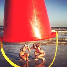 131 best images about cute best friend pictures ideas on . Epic Fail Pictures, Bff Pictures, Best Friend Pictures, Beach Pictures, Beach Pics, Beach Fun, Beach Trip, Funny Beach, Beach Ideas