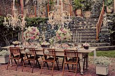 Inspiration pic!Shabby garden party!    Shab | The Best Things in Life Aren't Things  www.shab.it
