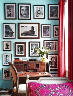 En la casa de Olatz Lopez Garmendia Julian Schnabel decoración ecléctica llena de color con arte MOMA