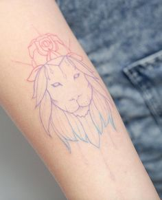 Colorful minimalistic lion by Hello Tattoo