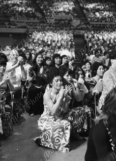 "Audience - January 1973 ""Aloha, From Hawaii"" - Elvis Presley"